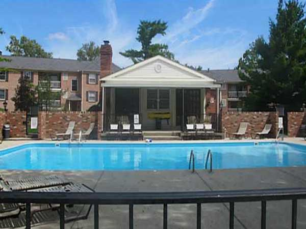 Chatham Village Condominium Homes U2013 Great Upper Arlington Location With  Columbus Taxes. Huge Pool And Clubhouse